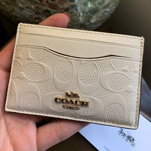Authentic Coach calf Signature leather card case🌼